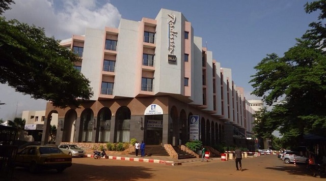 Hotel attacked in Mali capital, 170 hostages taken