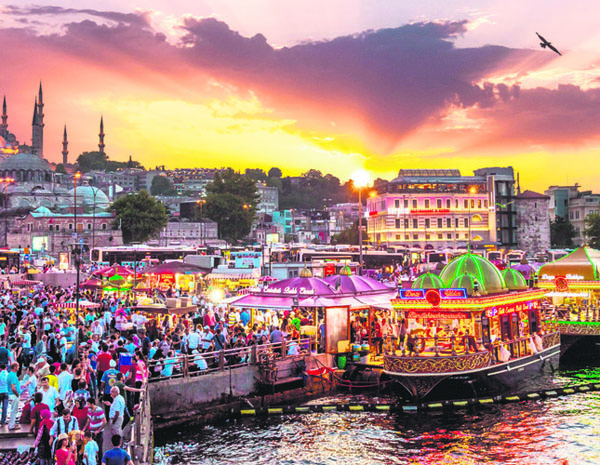 Istanbul, the city of beautiful sunsets