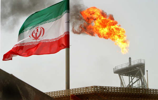 Iran seeks $25 bn as new oil contract offer unveiled