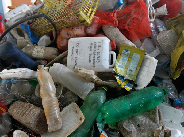 Plastic to outweigh fish in oceans by 2050