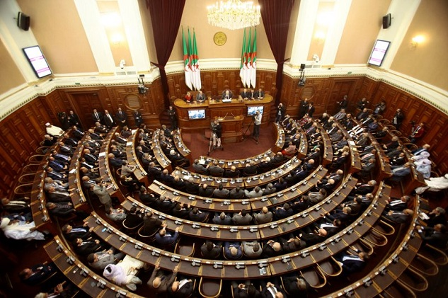 Algeria tries to motivate jaded voters ahead of poll