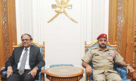 Top defence officials from Oman, India meet