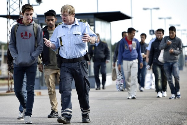 Danish searches for refugee valuables bring in 'nothing'