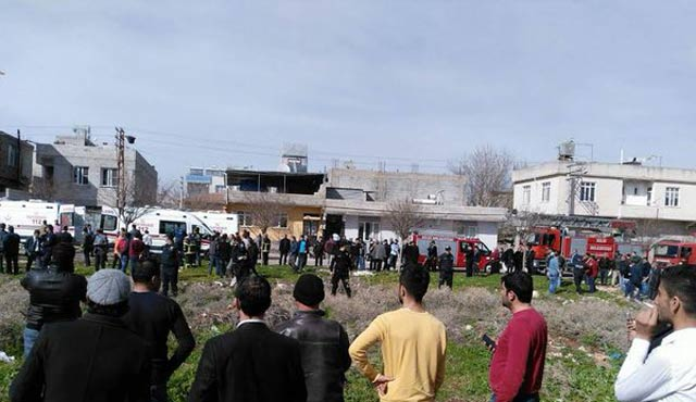 'Rocket projectiles' from Syria kill one in Turkey