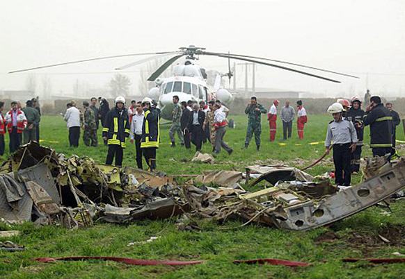 2 dead in helicopter crash in New Zealand