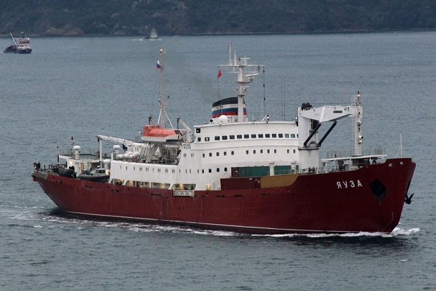 Russia shipping more to Syria despite withdrawal