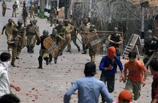 Indian forces execute Kashmiri teen