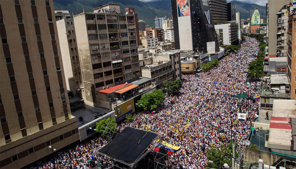 Massive protests in Venezuela to recall Maduro govt
