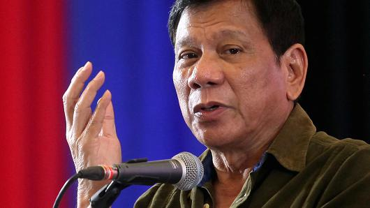 Philippines' Duterte vows to get to truth of deadly mall blaze