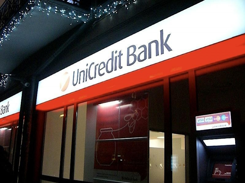 Italy's UniCredit set to stay in Turkish market