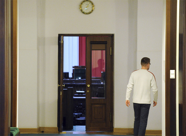 Polish 'sit-in' opposition to spend Christmas in parliament