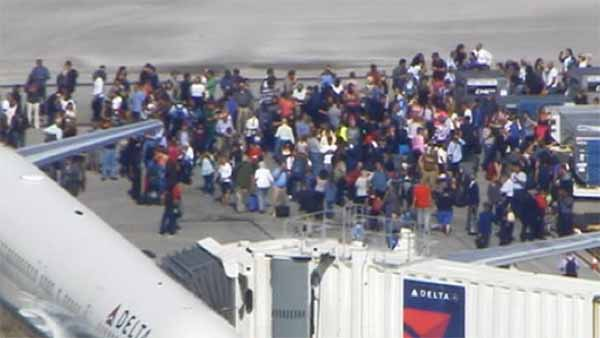 Terrorist attack at Fort Lauderdale airport, several victims