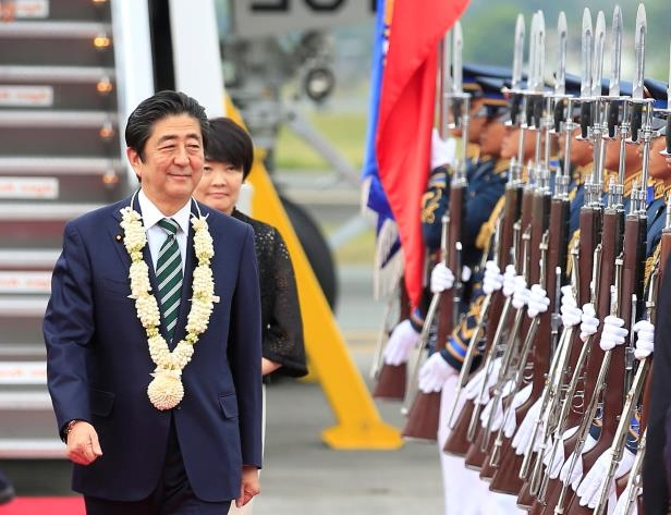 Support for Japan's Abe falls over scandals: poll