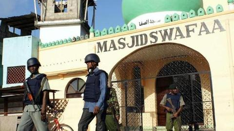 Nairobi: Thousands protest demolition of mosque
