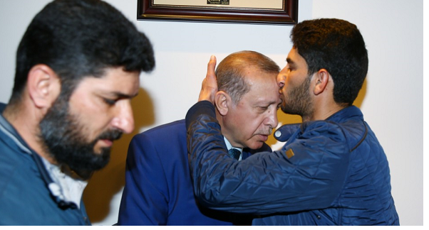 Bereaved Syrian father calls Turkey his 'only hope'