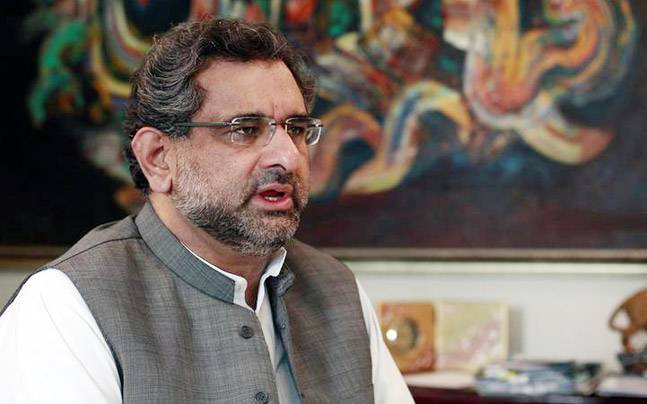 Pakistan's law minister resigns to end capital's siege
