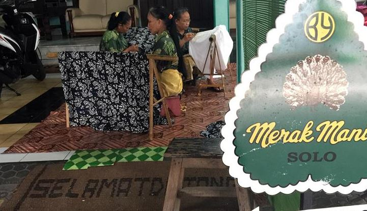 Finding the next generation of Batik crafters