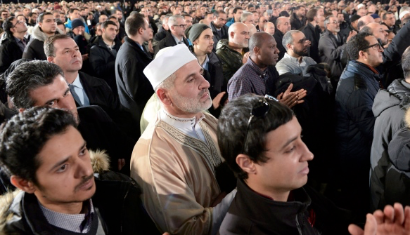 Thousands in Quebec City remember murdered Muslims