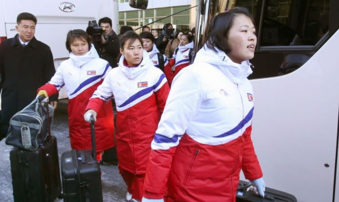 N. Korean athletes land in South for Winter Olympics