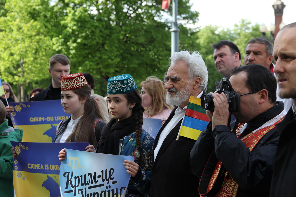 Those who deny Russian citizenship are exiled from Crimea