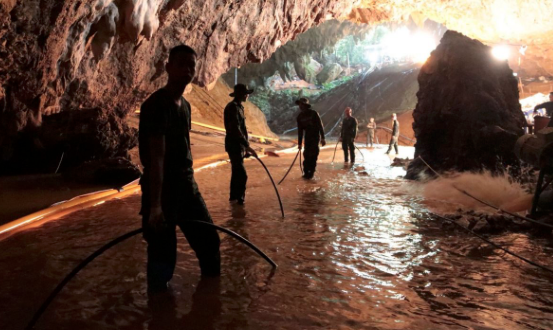 6 out of 12 of boys trapped in Thailand cave rescued