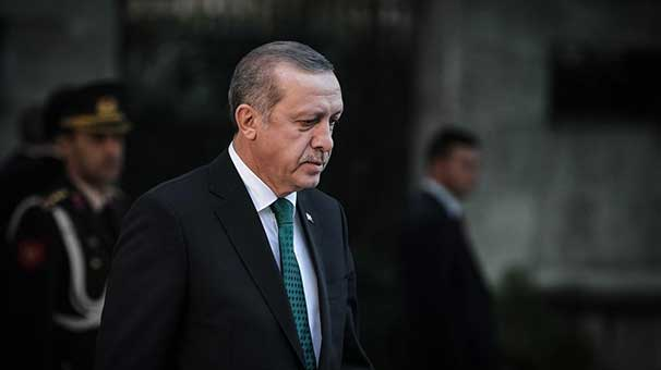 Erdogan pays respect to nation's founder