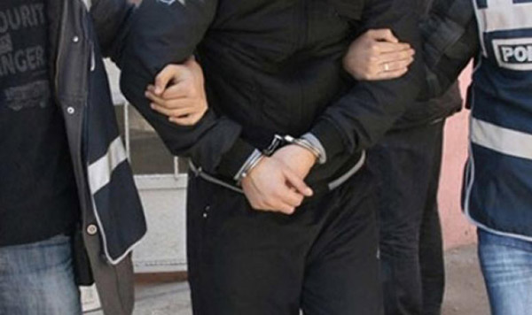 Turkey arrests 8 suspects over FETO links