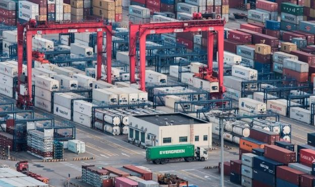 Euro area goods exports up 3.1 pct in H1