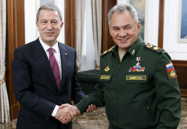 Turkish, Russian ministers discuss regional security