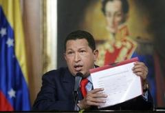 Chavez set to rule by decree