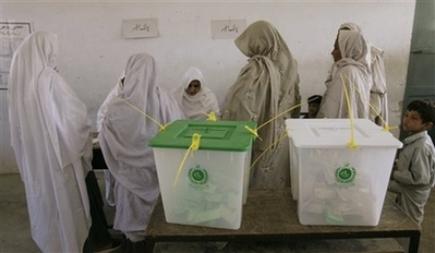 Counting begins after Pak vote, mostly in peace
