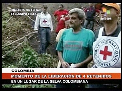 Colombian rebels free four hostages