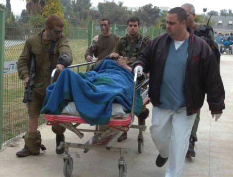 Two Israeli soldiers killed in Gaza clashes