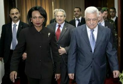 Abbas rebuffs call by Rice to return to peace talks