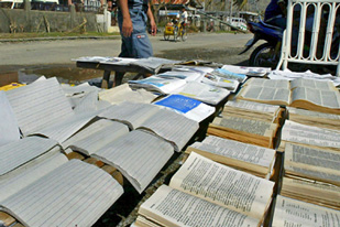 Malaysia book ban irks rights group