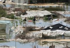 Deaths as sewage swamps Gaza town