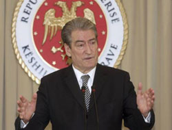 Albania PM proposes to host Italy nuclear stations