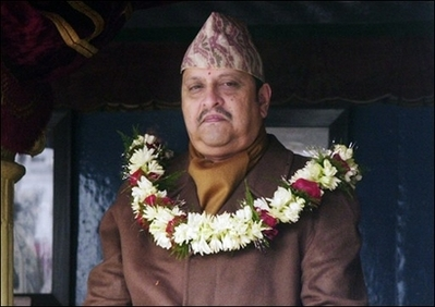 Nepal's deposed king agrees to leave palace