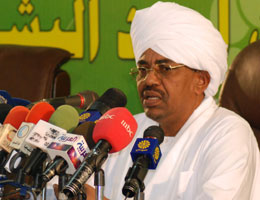 Sudan accuses court of wrecking Darfur peace hopes