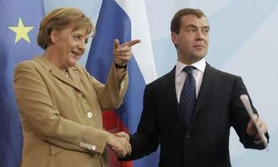 Medvedev promises closer energy ties with Germany