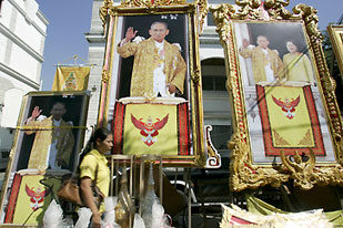 Man jailed for insulting Thai king