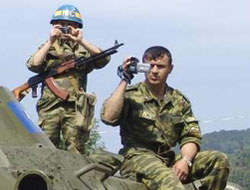 Russia says railway troops to quit Abkhazia