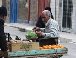 Iran's annual inflation tops 25 pct in May-c.bank