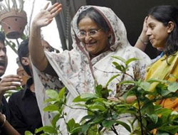 Bangladesh ex-PM departs for medical treatment in US