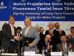 Istanbul mayor signs credit agreements for subway investments