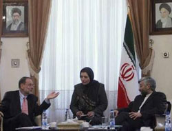 Iran sees 'new diplomatic path' in nuclear dispute
