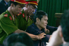 Vietnam priest jailed for dissent