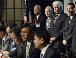 US, China sign 35 business deals ahead of talks
