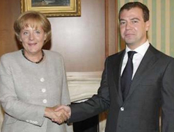 G8 should temporarily exclude Russia - Merkel ally