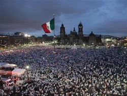 Hundreds of thousands of Mexicans protest killings / PHOTO